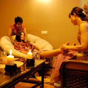 Тайский массаж воротниковой зоны и Foot массаж в 4 руки